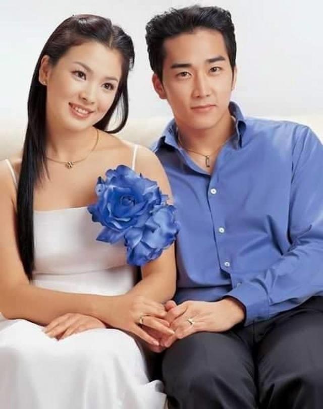 """Song Hye Kyo: Tài sắc vẹn toàn nhưng tìm mãi không được """"một nửa"""" yêu thương - 3"""