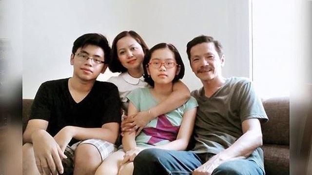 """Vợ ngoài đời của NSƯT Trung Anh nói gì về """"con gái"""" Bảo Thanh? - 1"""