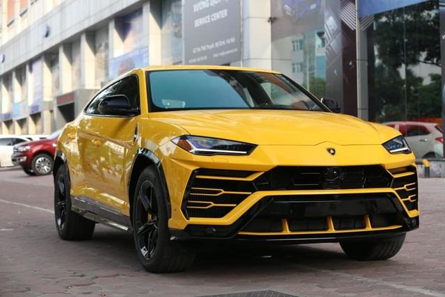 Lamborghini Urus 21 tỷ màu độc về tay đại gia Sài Gòn - 2