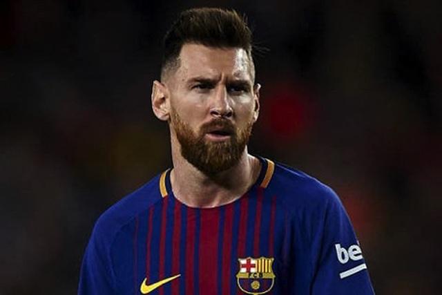 Lionel Messi điêu đứng khi bị giả mạo để… lừa tình - 1