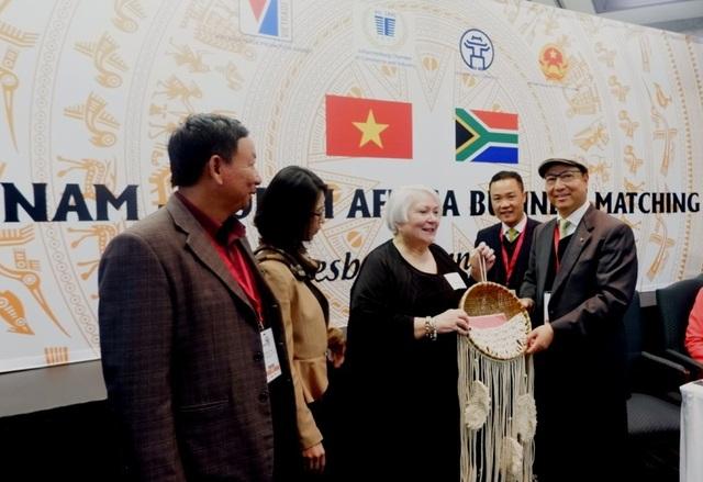Thúc đẩy phát triển thương mại, đầu tư Việt Nam - Nam Phi  - 3