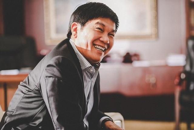 Người vợ bí ẩn của tỷ phú Trần Đình Long vừa tăng sở hữu tại công ty chồng - 1