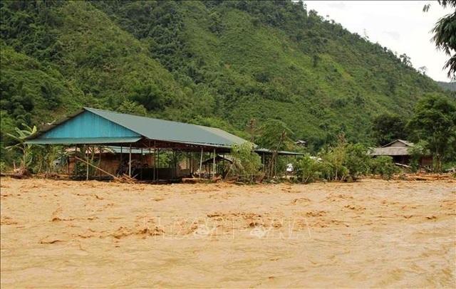 5 bản đang bị cô lập vì mưa lũ, tìm thấy thi thể nạn nhân thứ 2 - 3