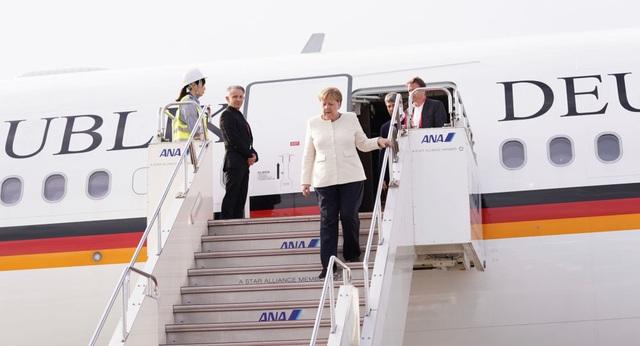 Đức lý giải nguyên nhân Thủ tướng Merkel run lẩy bẩy 2 lần liên tiếp - 1