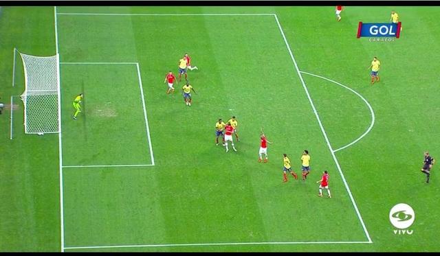 Bị VAR từ chối bàn thắng, Chile vẫn hạ Colombia trên loạt đấu súng - 4