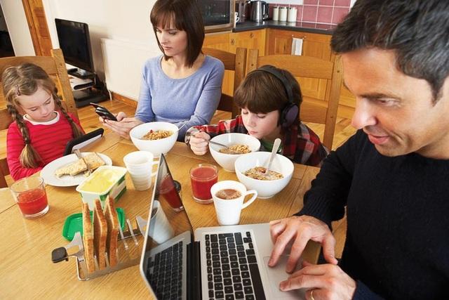 Hốt hoảng với nỗi niềm gia đình càng nhỏ sự cô đơn càng lớn - 3