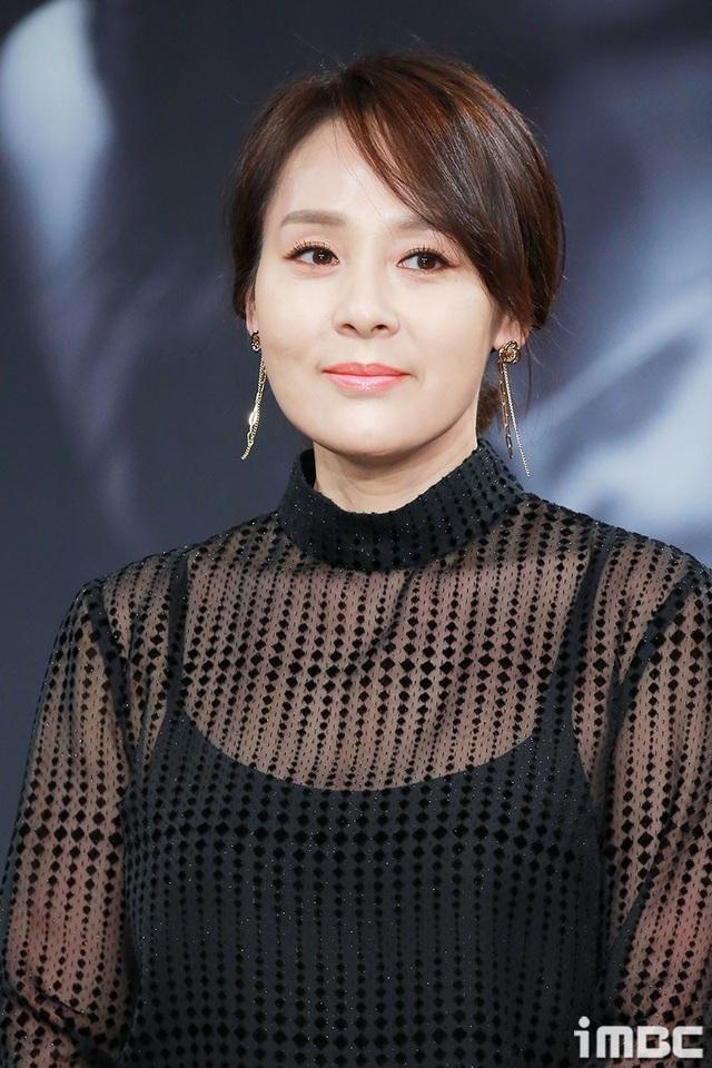 Nữ diễn viên xứ Hàn qua đời ở tuổi 49 tại khách sạn - 2