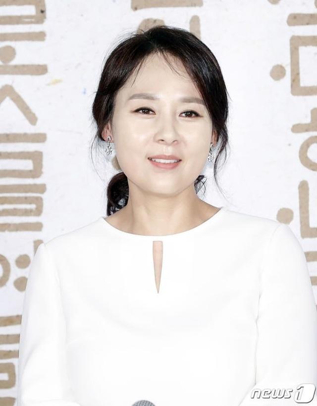 Nữ diễn viên xứ Hàn qua đời ở tuổi 49 tại khách sạn - 4