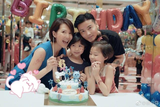 Cựu hoa đán TVB Thái Thiếu Phân mang bầu lần ba ở tuổi 45 - 1