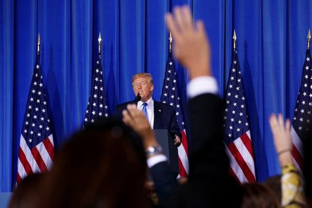 Ông Trump quyết định nối lại đàm phán thương mại với Trung Quốc - 2