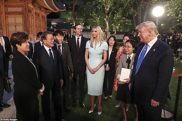 Ái nữ nhà Trump phấn khích khi gặp nhóm nhạc thần tượng Hàn Quốc - 2