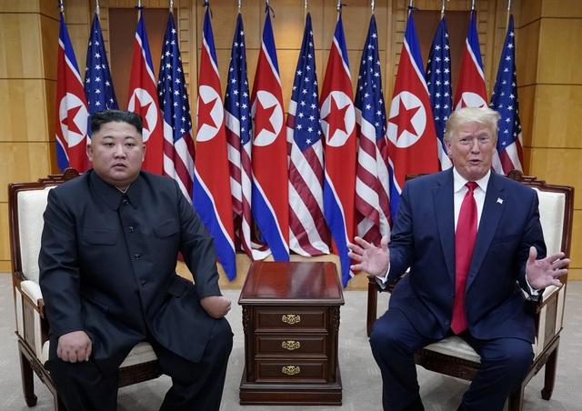 Bước chân lịch sử của Tổng thống Trump trên lãnh thổ Triều Tiên - 12