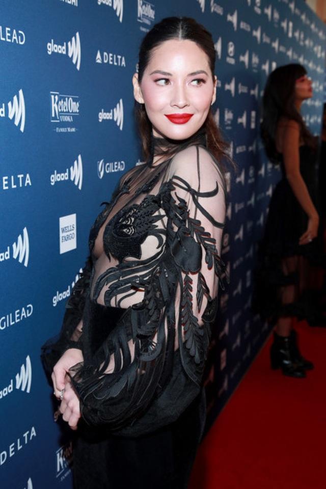 Olivia Munn đẹp như mộng với áo tắm - 8