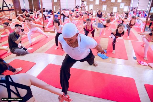 Bậc thầy Yoga Master Kamal đến Hà Nội truyền bí quyết sống khỏe, hạnh phúc - 1