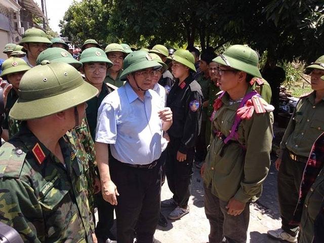 Trưởng Ban Tổ chức Trung ương kiểm tra thực địa việc chữa cháy rừng Hồng Lĩnh  - 2