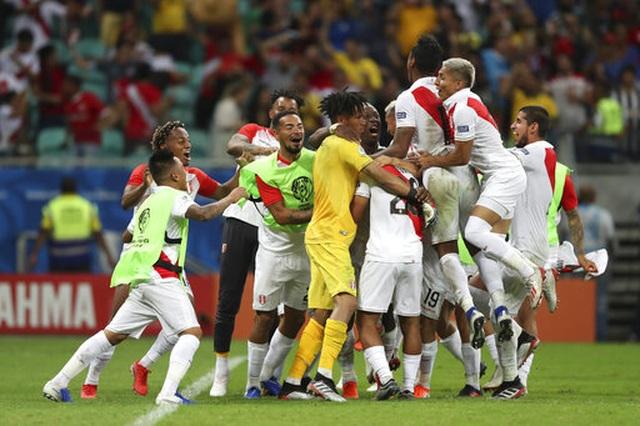Luis Suarez hóa tội đồ, Uruguay bị loại khỏi Copa America - 5