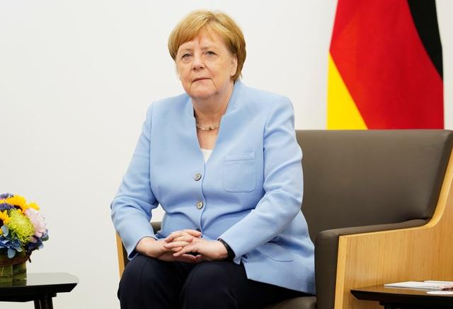Thủ tướng Đức lên tiếng về những lần run lẩy bẩy - 1