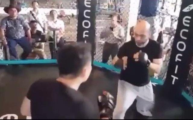 Cao thủ Flores ngợi khen võ sỹ Lưu Cường sau cuộc tỉ thí - 1