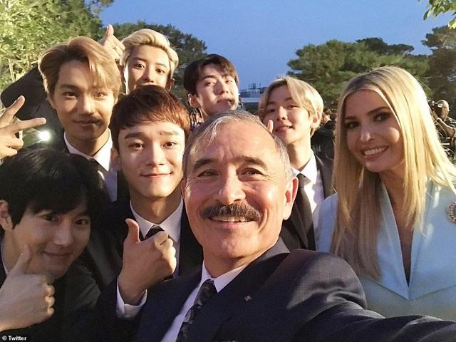 Ái nữ nhà Trump phấn khích khi gặp nhóm nhạc thần tượng Hàn Quốc - 3