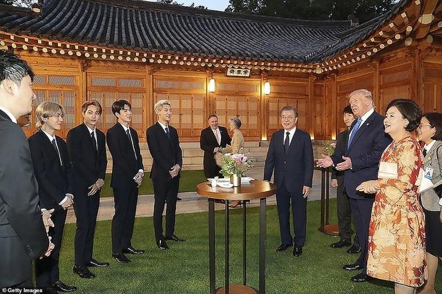 Ái nữ nhà Trump phấn khích khi gặp nhóm nhạc thần tượng Hàn Quốc - 5