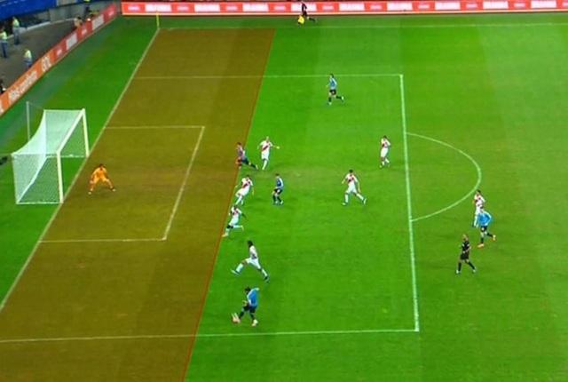 Luis Suarez hóa tội đồ, Uruguay bị loại khỏi Copa America - 2
