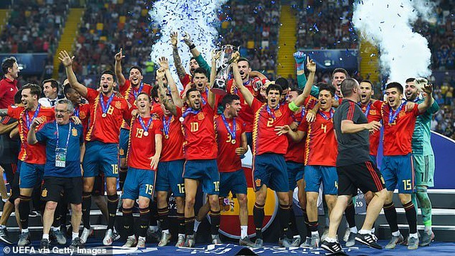 Thắng U21 Đức, U21 Tây Ban Nha lên ngôi vô địch U21 châu Âu - 14