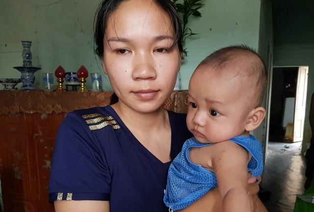 Bạn đọc báo Dân trí giúp đỡ 2 bé trai sinh đôi bị đủ thứ bệnh hơn 40 triệu đồng - 2