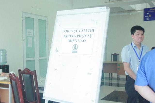 """Hà Nội: Bắt đầu chấm lượng bài thi """"khủng"""" - 2"""