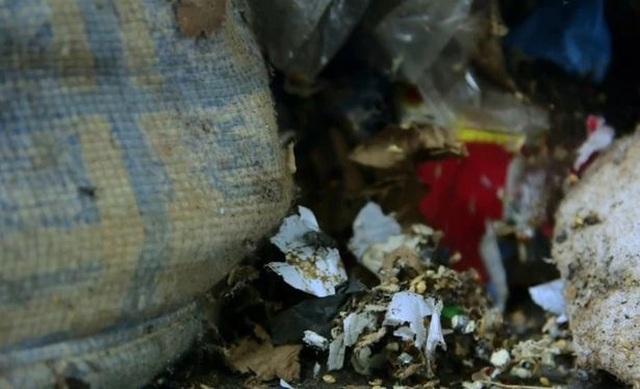Hình ảnh gây sốc trong căn nhà 5 năm không đổ rác được lột xác - 3