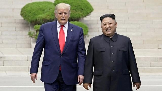 Chiến thắng chính trị của ông Trump sau cuộc gặp lịch sử với ông Kim Jong-un - 1