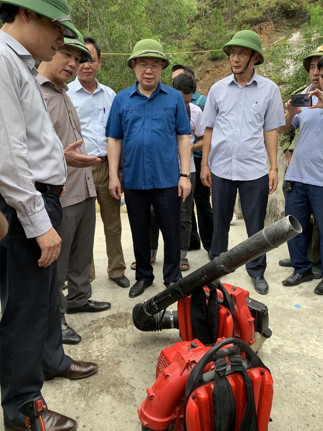 Vì sao không huy động trực thăng dập đám cháy rừng kinh hoàng tại Hà Tĩnh? - 4