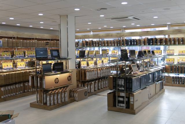 """Cửa hàng mới khai trương này của Thế Giới Di Động là định nghĩa chuẩn xác nhất về """"thế giới laptop"""" - 2"""