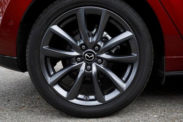 Triệu hồi Mazda3 vì nguy cơ… rơi bánh khi xe đang chạy - 2