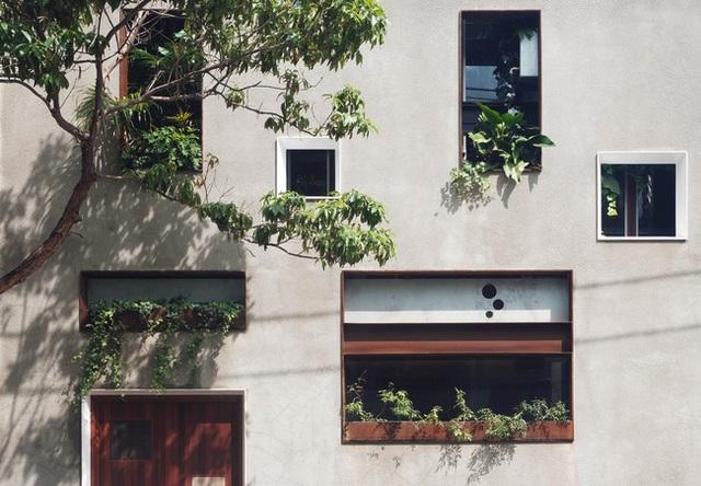 Ngôi nhà nghìn ô cửa sổ nổi danh trên các mặt báo - 4