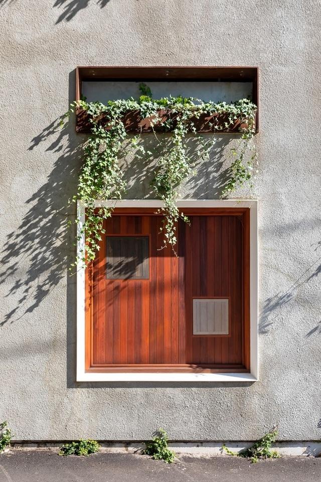 Ngôi nhà nghìn ô cửa sổ nổi danh trên các mặt báo - 5
