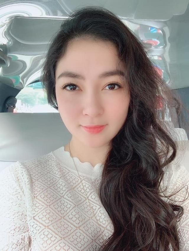 """Hoa hậu Nguyễn Thị Huyền khoe """"ảnh độc"""", hé lộ mối duyên với NSƯT Minh Vượng - 7"""