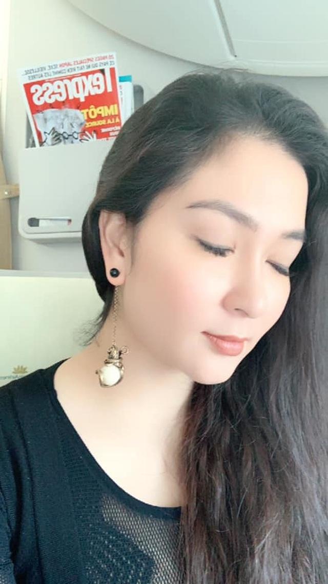 """Hoa hậu Nguyễn Thị Huyền khoe """"ảnh độc"""", hé lộ mối duyên với NSƯT Minh Vượng - 8"""