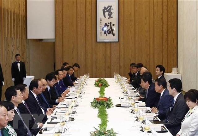 Thủ tướng Nguyễn Xuân Phúc hội đàm với Thủ tướng Nhật Bản Shinzo Abe - 2