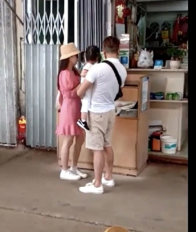 Quách Phú Thành đưa vợ trẻ đi chơi sau khi sinh con gái thứ hai - 8