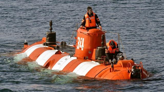Cháy tàu lặn hải quân Nga, ít nhất 14 thủy thủ thiệt mạng - 1