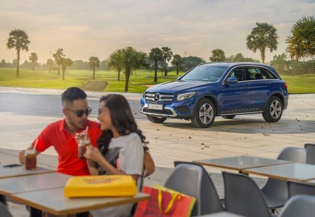 Mercedes-Benz ra mắt E-Class mới tại Fascination Show 2019 - 2