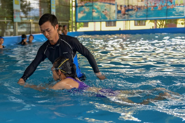 Quảng Ninh: Đưa vào sử dụng 21 bể bơi di động thông minh miễn phí cho trẻ em  - 11