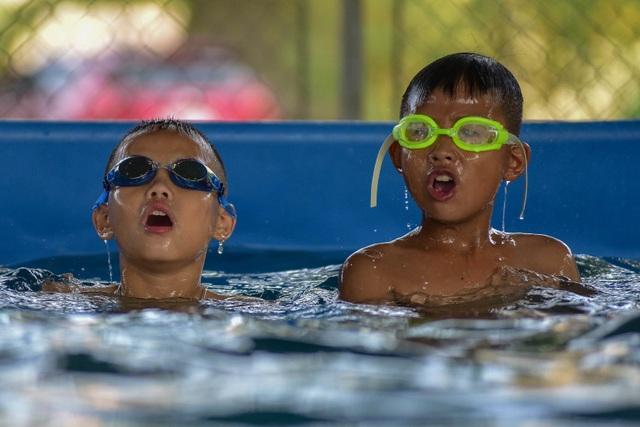 Quảng Ninh: Đưa vào sử dụng 21 bể bơi di động thông minh miễn phí cho trẻ em  - 10