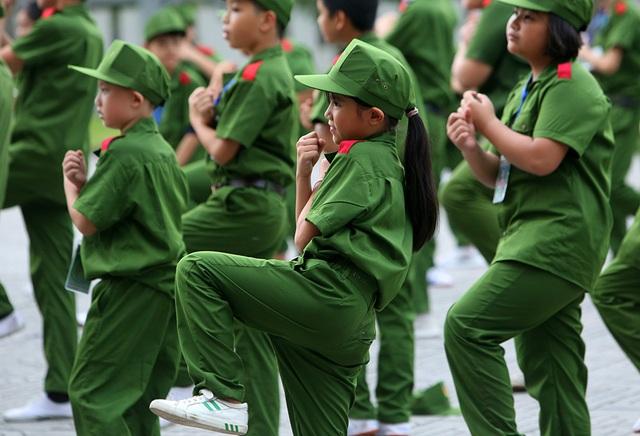 Công an Hà Nội dạy trẻ em ứng phó tình huống bắt cóc, xâm hại - 14