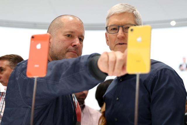 """Những sự thật thú vị về """"huyền thoại thiết kế"""" Jony Ive của Apple - 8"""