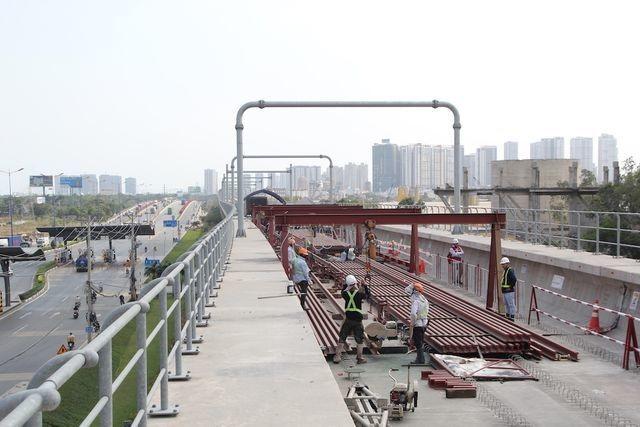 TPHCM đã tạm ứng 5.000 tỷ đồng để làm tuyến metro số 1 - 2