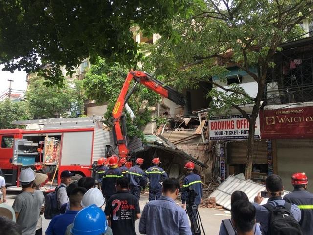 Hà Nội: Sập nhà trên phố Hàng Bông - 5