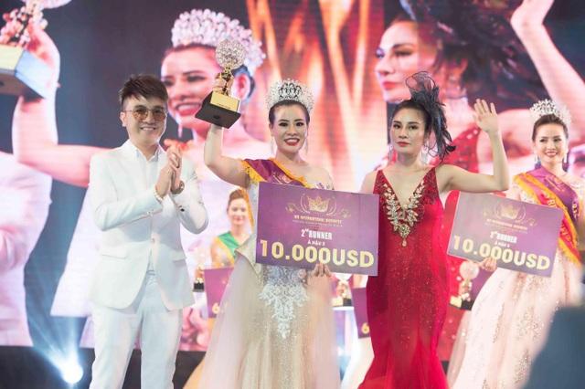 'Bầu show' Thúy Nhân nhận cú đúp Á hậu 2 và Ms được yêu thích nhất tại Ms International Business 2019 - 5
