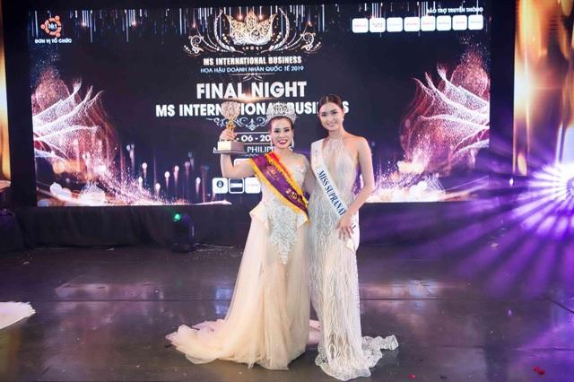 'Bầu show' Thúy Nhân nhận cú đúp Á hậu 2 và Ms được yêu thích nhất tại Ms International Business 2019 - 7