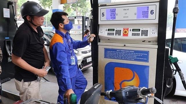 Sau các đợt giảm liên tiếp, xăng dầu bất ngờ đồng loạt tăng giá  - 1